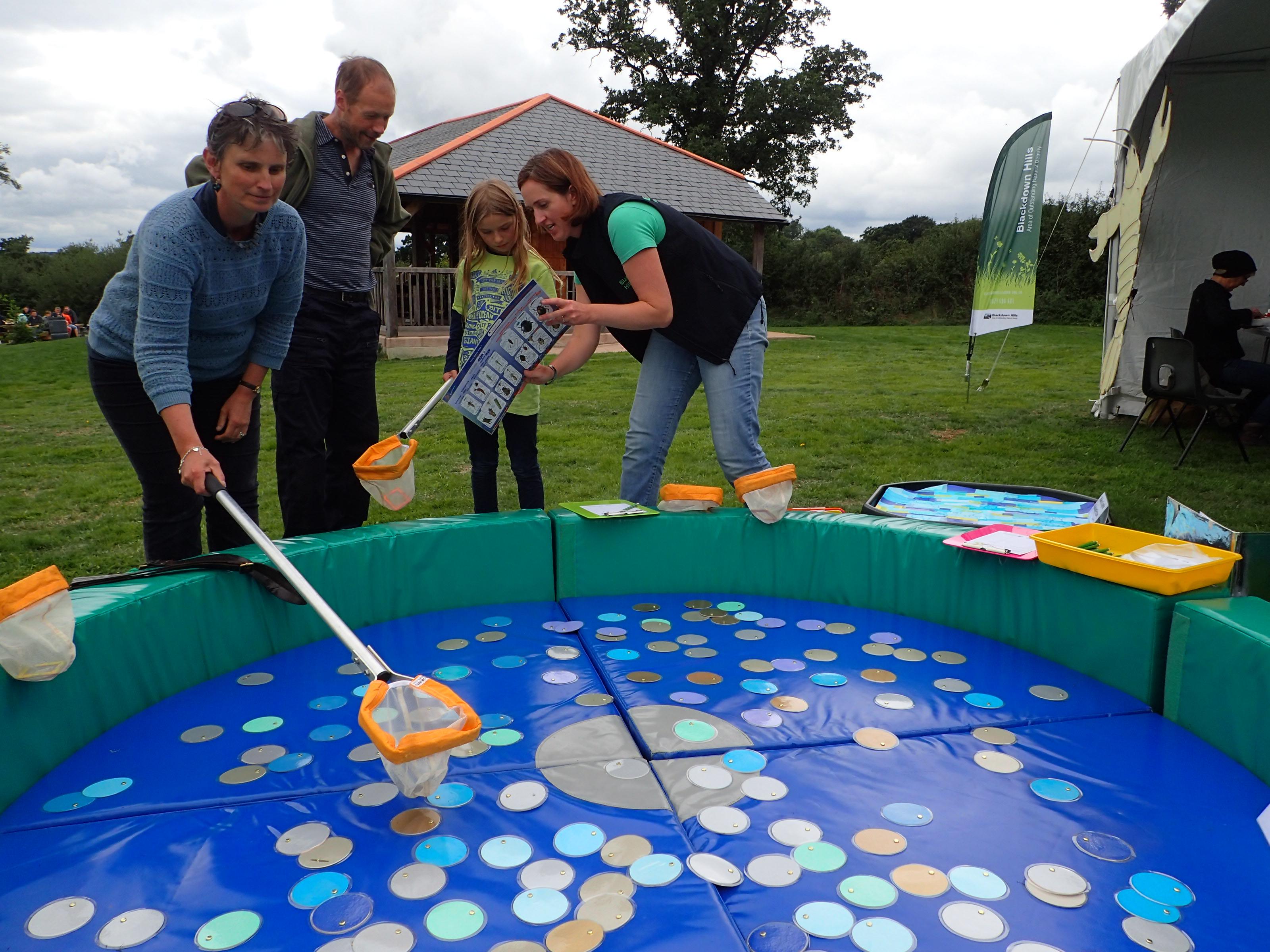 River Culm Fair – pond dipping game